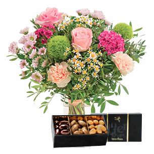 Fleurs et cadeaux Tendre bisou et son écrin d'amandes gourmandes Fête des Mères
