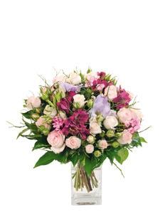 Bouquet de fleurs variées fuchsia, roses et parme