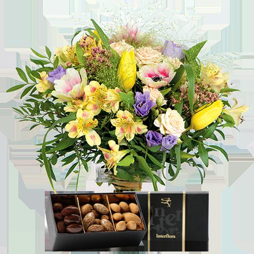 Bouquet de roses Parfum d'enfance et ses douceurs au chocolat