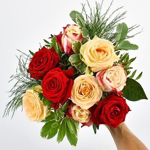 Bouquet de roses Abricotine et sa bougie parfumée Esteban