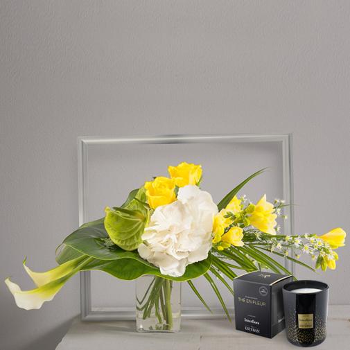 Bouquet de fleurs Luciole et sa bougie parfumée Interflora par Esteban