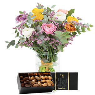Bouquet de fleurs Nos merveilleuses renoncules et leurs douceurs au chocolat Pâques
