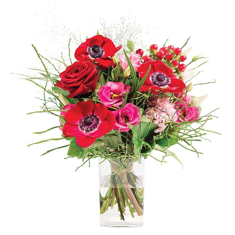 bouquet rond de fleurs rouges et roses fleurs saint valentin interflora. Black Bedroom Furniture Sets. Home Design Ideas