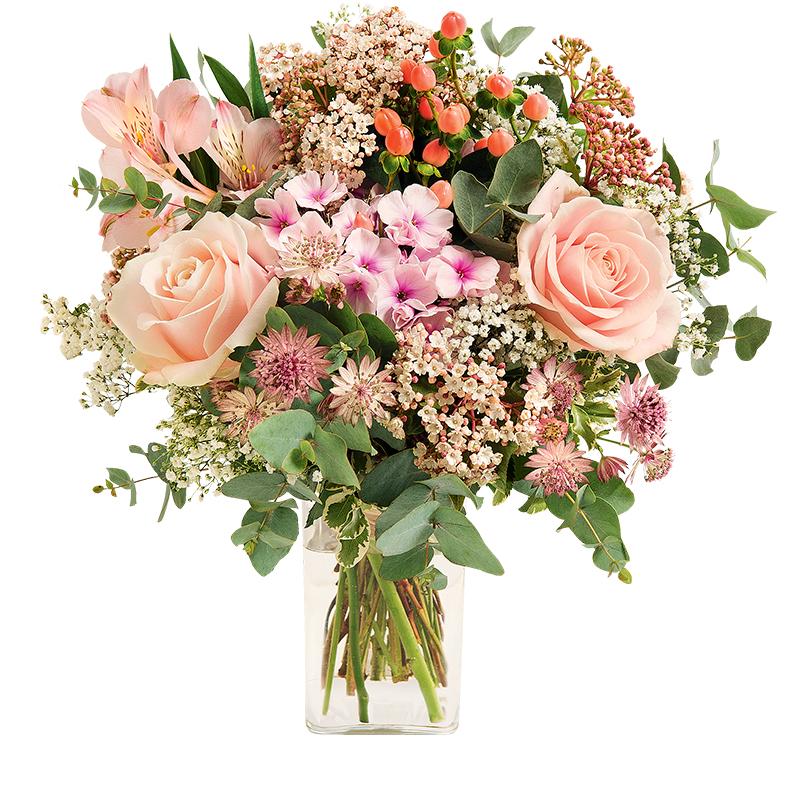 bouquet rond de fleurs champ tre aux tons doux et pastel fleurs f te des grands m res interflora. Black Bedroom Furniture Sets. Home Design Ideas