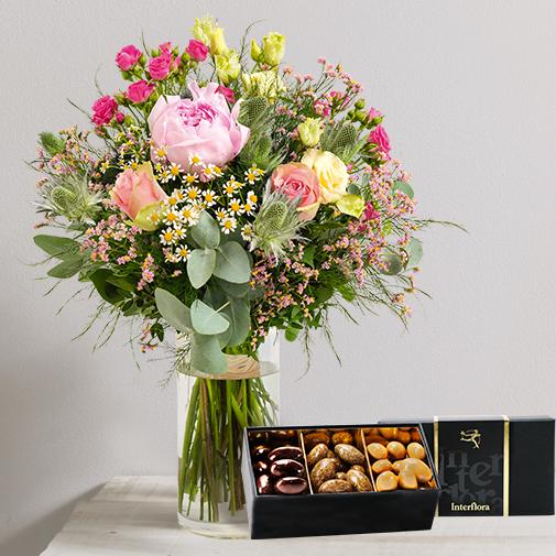 Fleurs et cadeaux Pur délice et son écrin d'amandes gourmandes
