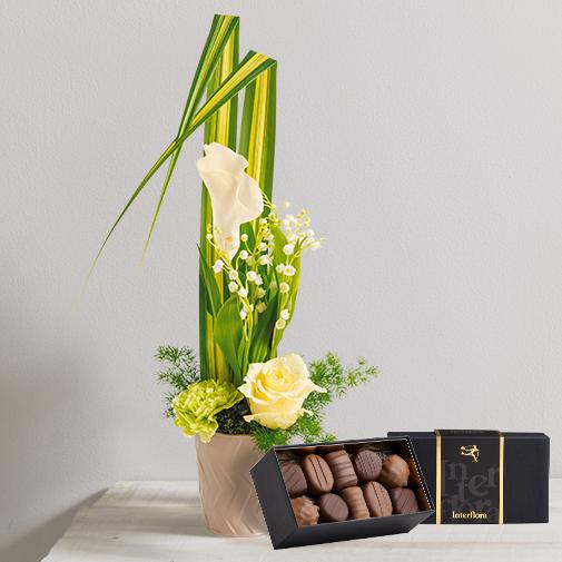 Bouquet de fleurs Gri-Gri et son écrin de chocolats