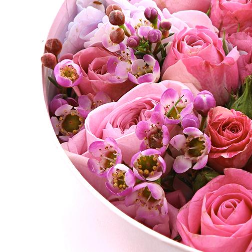 Glam 39 roses collection chantal thomass livraison par for Fleuriste livreur