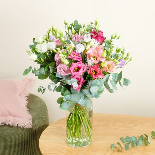 Bouquet de fleurs Brassée de lisianthus et ses chocolats Bonne Fête Maman