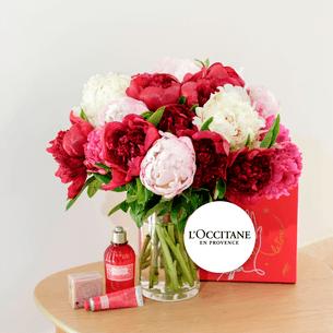 Bouquet de fleurs Brassée de pivoines et son coffret l'Occitane en Provence Fête des Mères