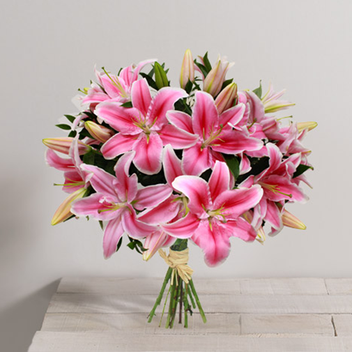 Brass e de 10 lys roses interflora for Fleuriste livreur