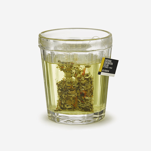 null Hanoi et sa tisane Herbal Drinkers Club