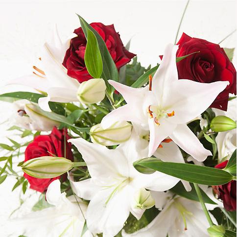 Bouquet lys et rose bouquet blanc interflora - Lys blanc signification ...