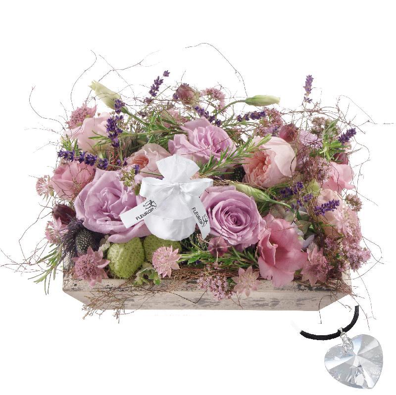 Bouquet de fleurs Fragrant Jewel Box, with Swarovski® crystal heart