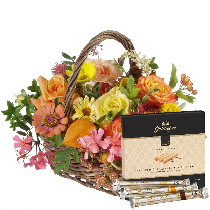 "Bouquet de fleurs A Basket full of Flowers with Gottlieber Hüppen ""Special Edi"