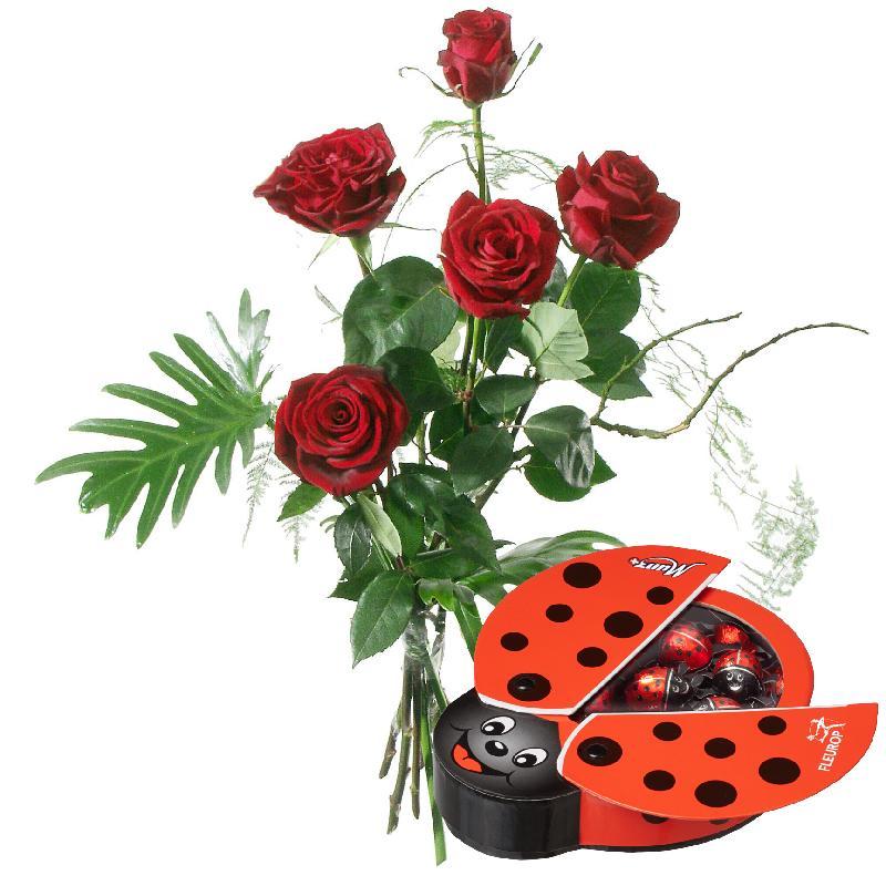 Bouquet de fleurs For my Sweetheart, with chocolate ladybird