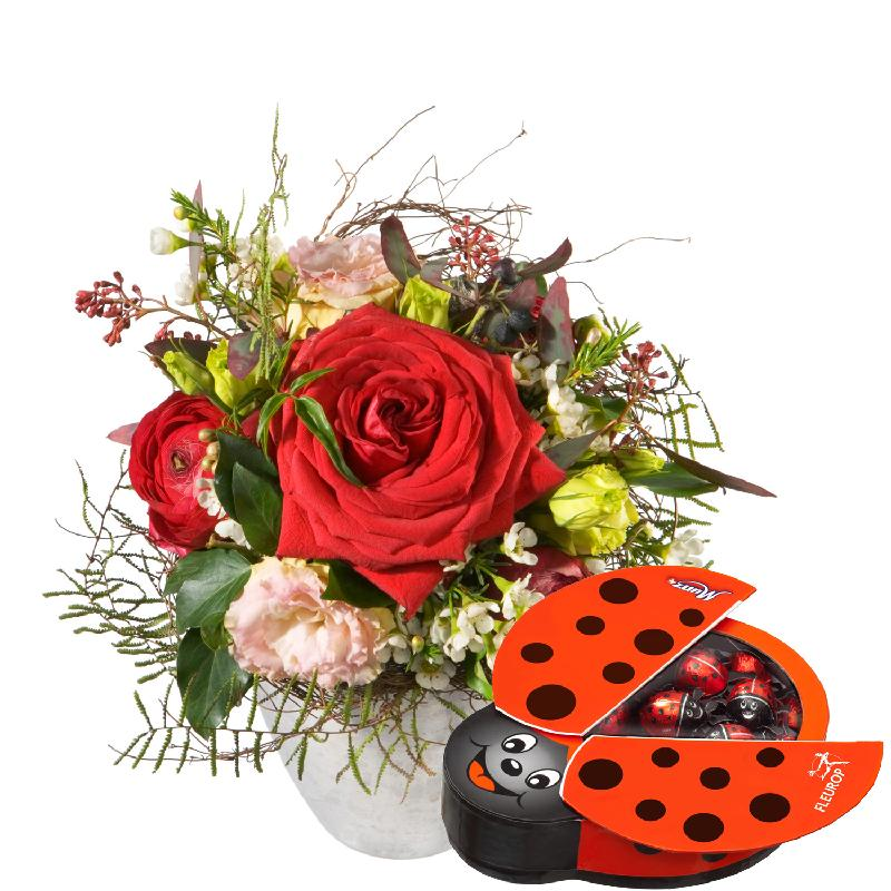 Bouquet de fleurs Thinking of You... with chocolate ladybird