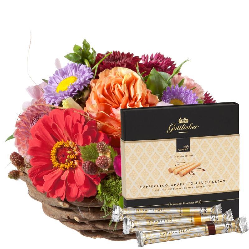 "Bouquet de fleurs Cute basket of flowers with Gottlieber Hüppen ""Special Editi"