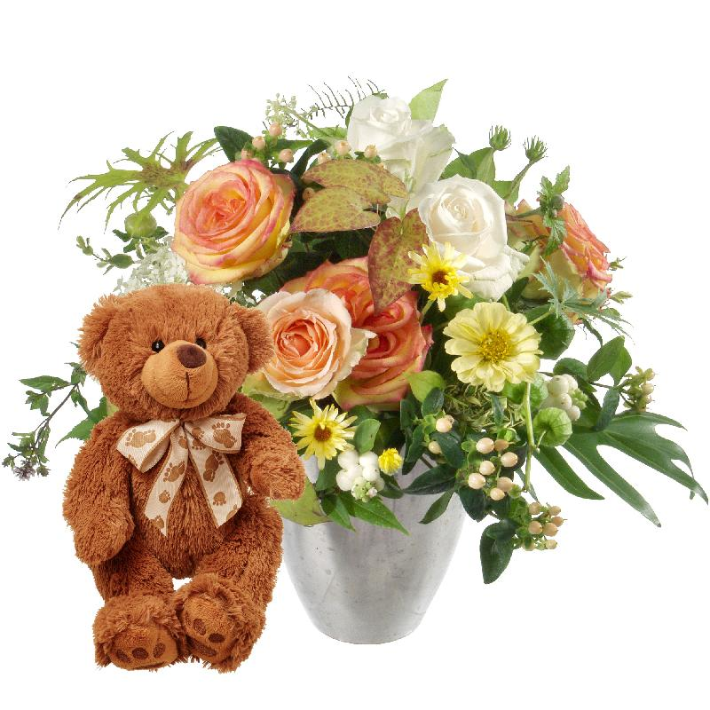 Bouquet de fleurs Delicate Seasonal Bouquet with teddy bear (brown)