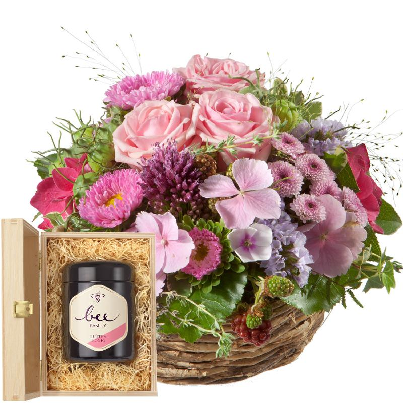 Bouquet de fleurs Basket filled with delicate flowers with Swiss blossom honey