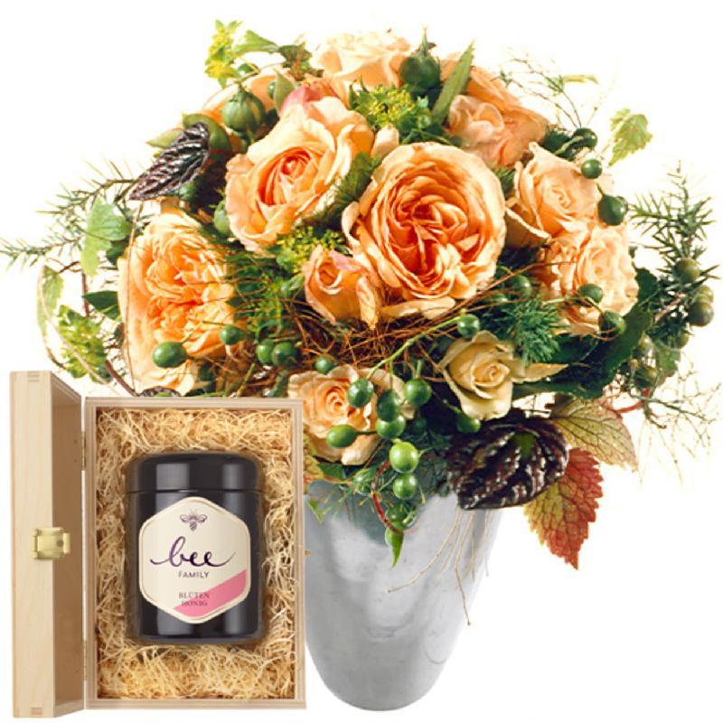 Bouquet de fleurs Tender Winter Roses with Swiss blossom honey