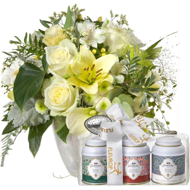 Bouquet de fleurs Exquisite Magic of Blossoms with Gottlieber tea gift set