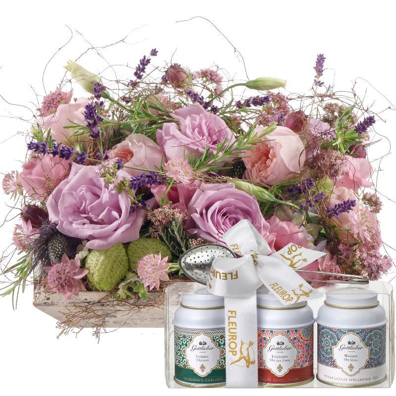 Bouquet de fleurs Fragrant Poetry with Gottlieber tea gift set
