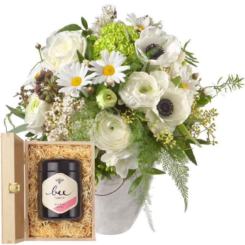 Bouquet de fleurs Romantic Spring Bouquet with Swiss blossom honey