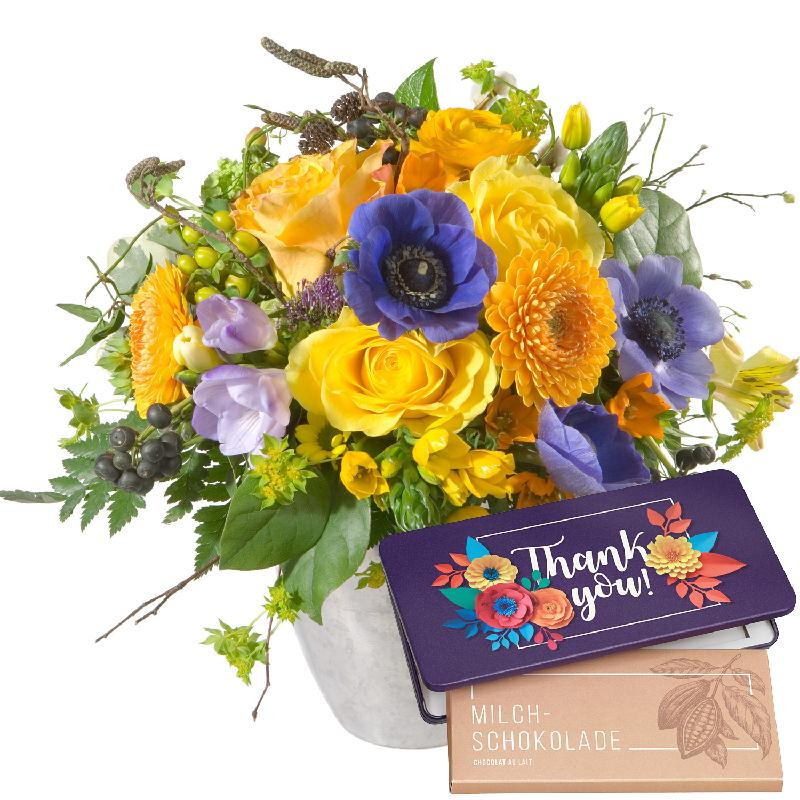 "Bouquet de fleurs Magic of Spring with bar of chocolate ""Thank you"""