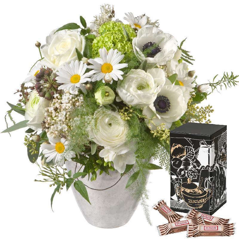 Bouquet de fleurs Romantic Spring Bouquet with Minor Split in trendy gift tin