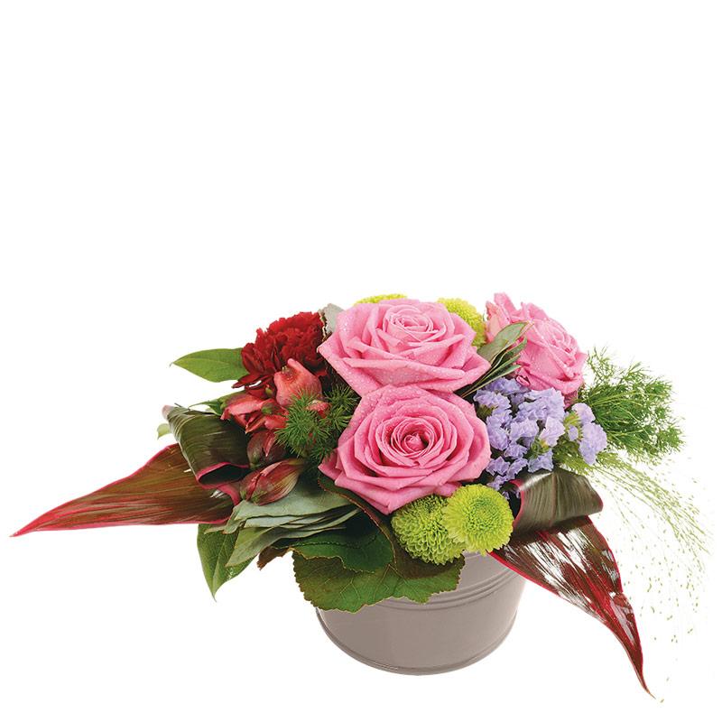 composition florale roses composition d licate rose interflora. Black Bedroom Furniture Sets. Home Design Ideas