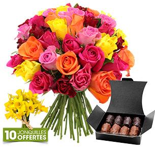 cfec4dcab42e Bouquet Eternelle Fleurs et cadeaux Brassée de roses et son ballotin de  chocolats