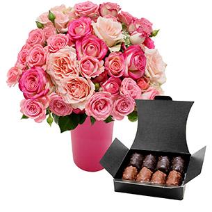 Fleurs et cadeaux Flora Délice et son vase offert Les Roses de Flora
