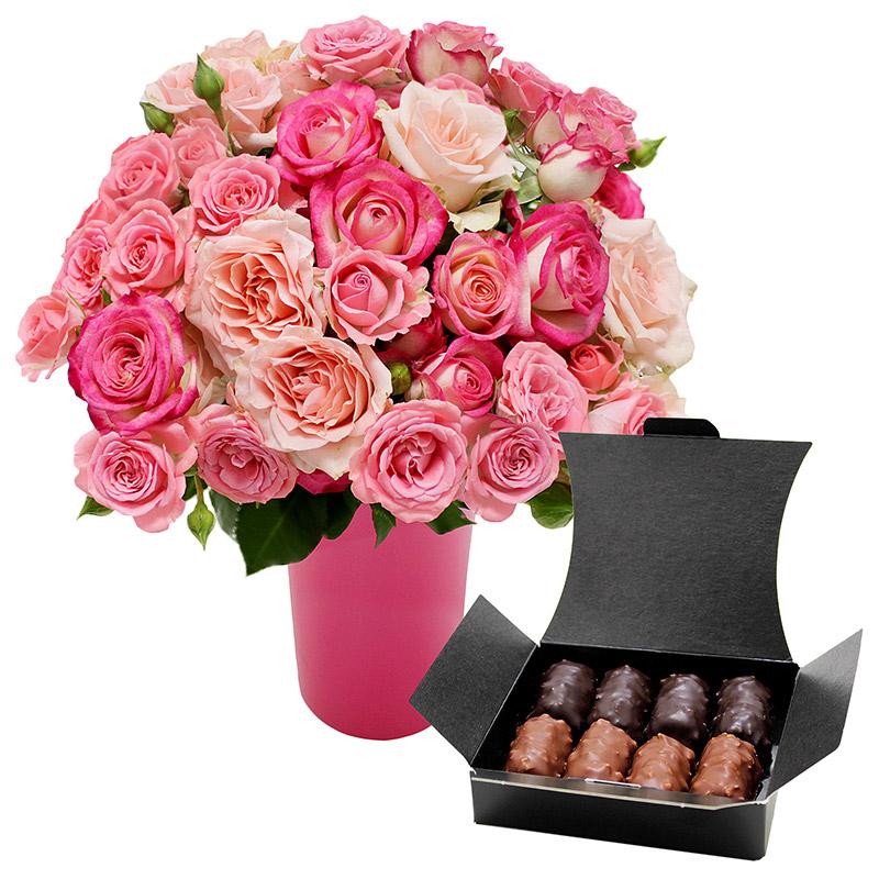Brass e de 50 boutons de roses branchues accompagn e de for Fleuriste livreur