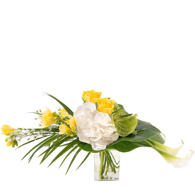 bouquet de fleurs jaune et blanc interflora. Black Bedroom Furniture Sets. Home Design Ideas