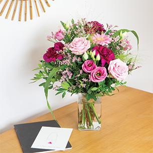 Bouquet de fleurs Bois de rose et son vase offert Remerciements