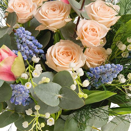 Bouquet de fleurs Chance et son vase offert