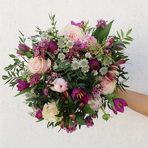 Bouquet de fleurs Câline et son vase