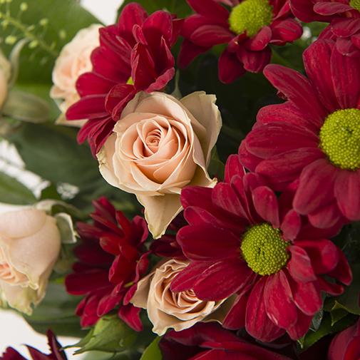 Bouquet de fleurs Salsa et son écrin d'amandes gourmandes