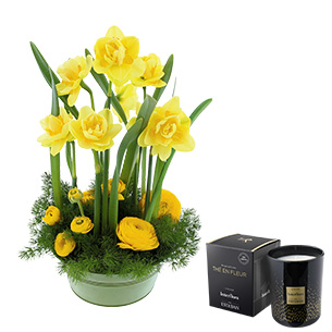 Fleurs et cadeaux Bonne fête mamie et sa bougie parfumée